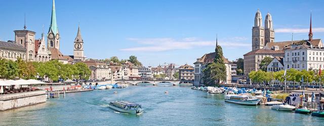 Vue du centre ville historique de Zurich